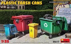 1/35 Plastic Trash Cans