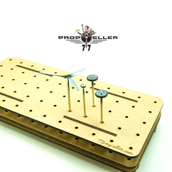 Stand organiser for small parts, capacity 60 slots (Propeller 77 prp307)