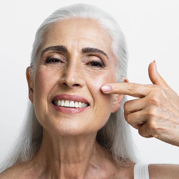 Trattamento viso lifting con sieri specifici ed ultrasuoni